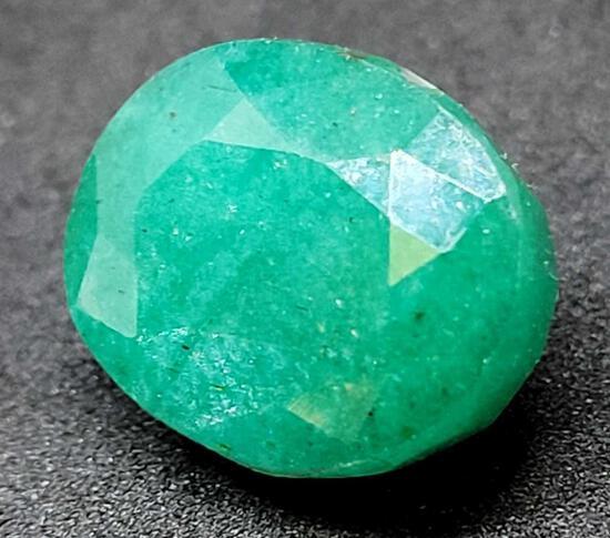 Oval cut Green Emerald gemstone 11.40ct