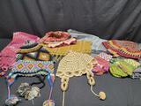 Peruvian textiles Shaws Beanies Mittens