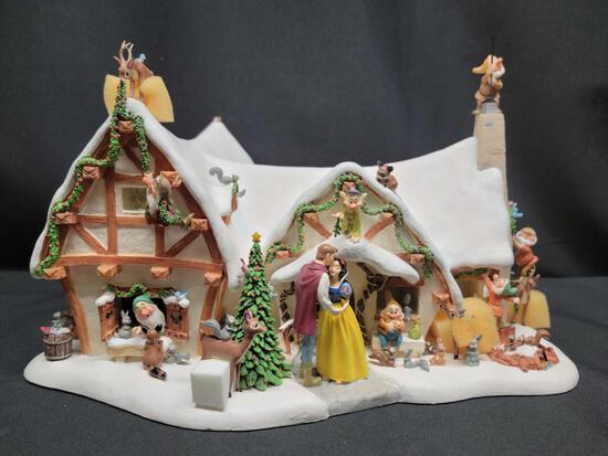 Disneys Snow White and the Seven Dwarfs Light up Cottage