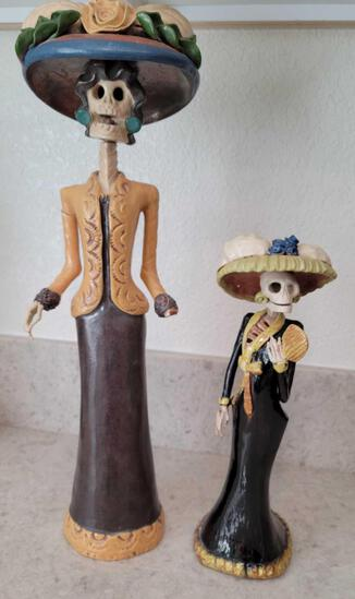 Very Unique Day of the Dead Clay Ladie Large one missing a hand and arm was repaired