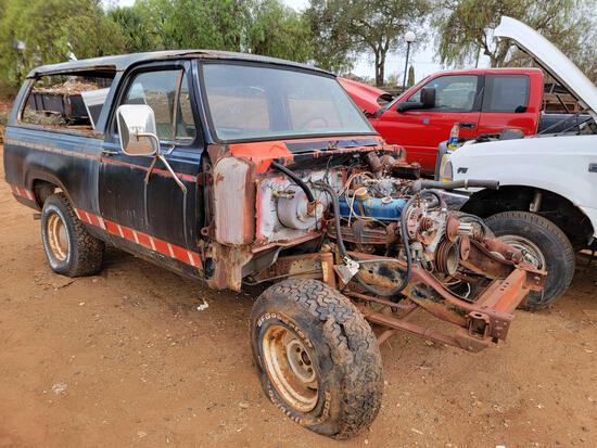 Dodge A10 Parts Truck 4wd