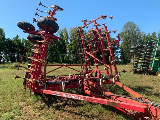 Wilrich 3400 36' Field Cultivator