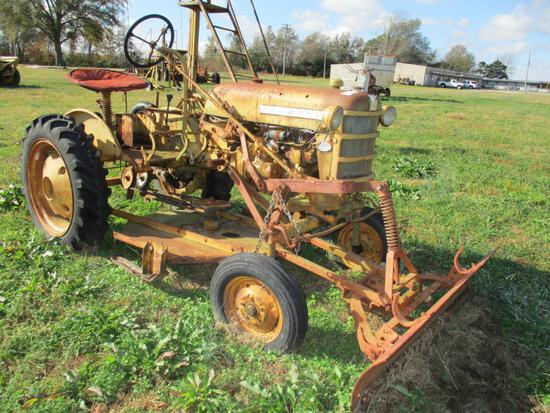 International Harverster Cub w/ Mower Deck and Front Push Blade