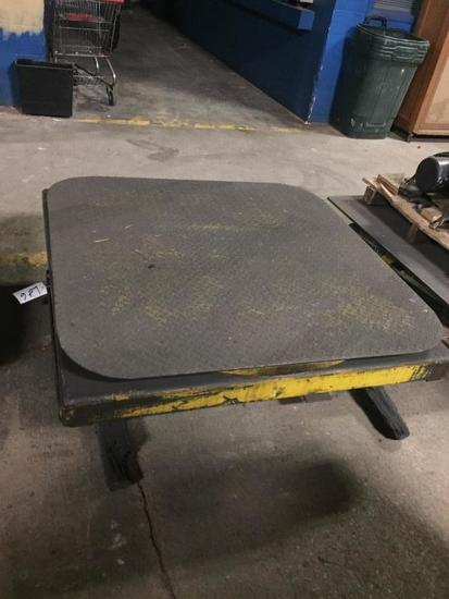 Pallet Wrapping Turntable w/ Hydraulic Height Adj.