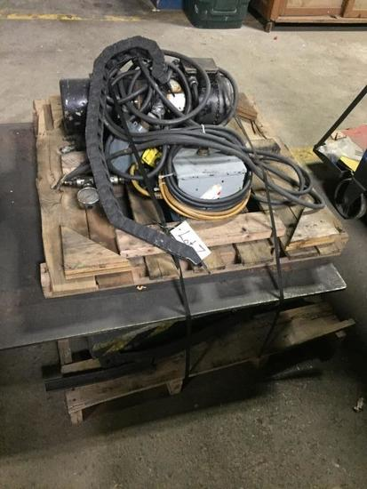 Pallet Wrapping Turntable w/ Hydraulic Lift