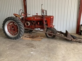 1946 International Farmall H w/ Loader