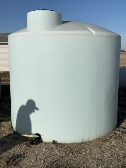 2500 Gallon Poly Fertilizer Tank