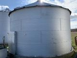 3000 Bushel Brock Grain Bin on Cement