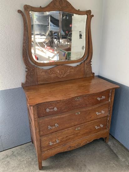 Wood 3-drawer Dresser with Mirror