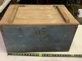 Buckeye Brewing Green Seal Beer, Toledo Ohio Wood Box