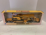 Kenworth W900 1/32 Diecast Tractor/ Trailer With Drop Deck And Crane Construction Series