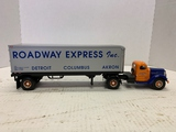 First Gear Roadway Express International Tractor And Trailer