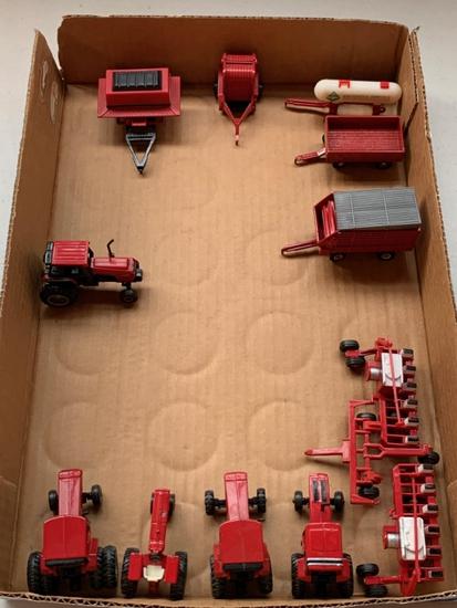 1/64 Scale International Farm Toys