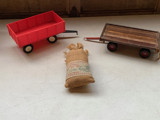 1/16 Scale Wagons