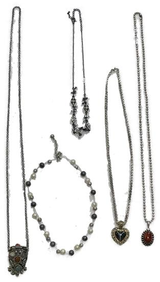 5 Fashion Necklace Jewelry Lot