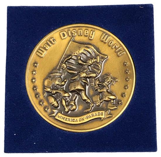 1976 Walt Disney Bicentennial Collectable Coin