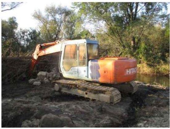 Insurance Claim: 1995 Hitachi Excavator 120