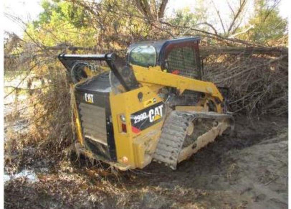Insurance Claim: 2013 CAT 299D Skidsteer