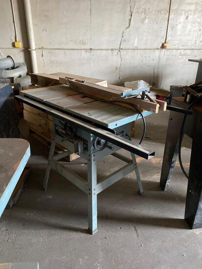 Delta 36-600 Table Saw