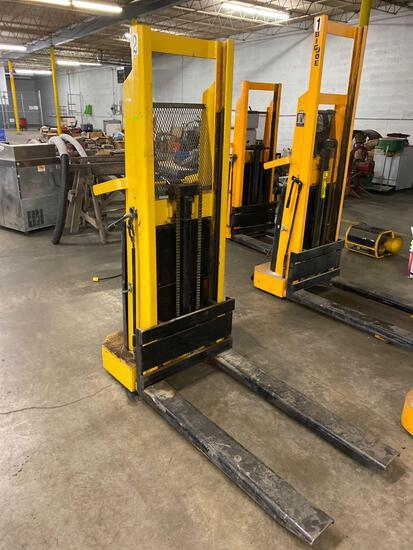 Big Joe Electric Pallet Jack