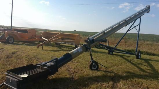 "Harvest International 13""x42' auger"
