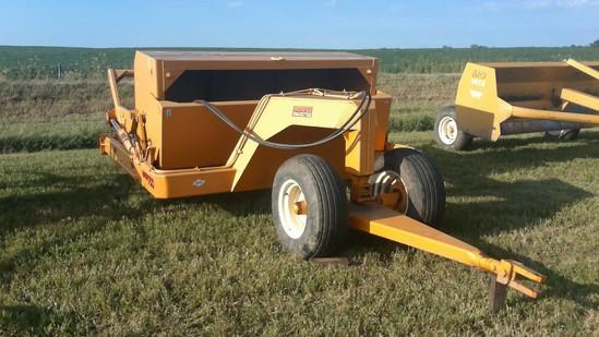 Rowse 700 7 yard dirt scraper
