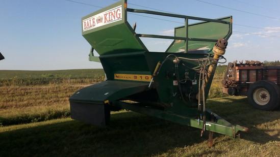Bale King 3100 bale processor