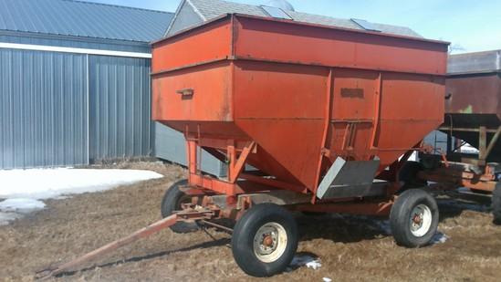 Nu Built 225 gravity flow wagon