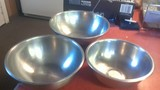 3 stainless steel bowls
