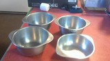 4 Stainless steel bowls