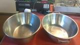 2 Stainless steel roasting pans