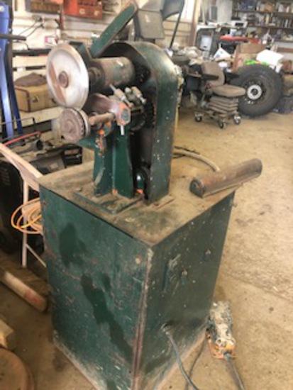 Vern's MFG Bead Cutting Machine