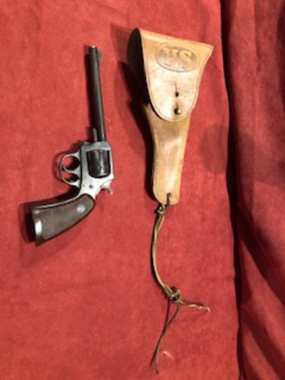 H&R Model 922 .22 Revolver