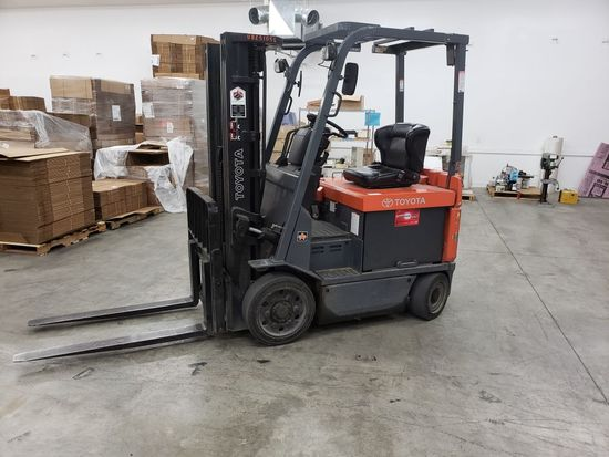 Toyota ForkLift - Pick Up on Sunday