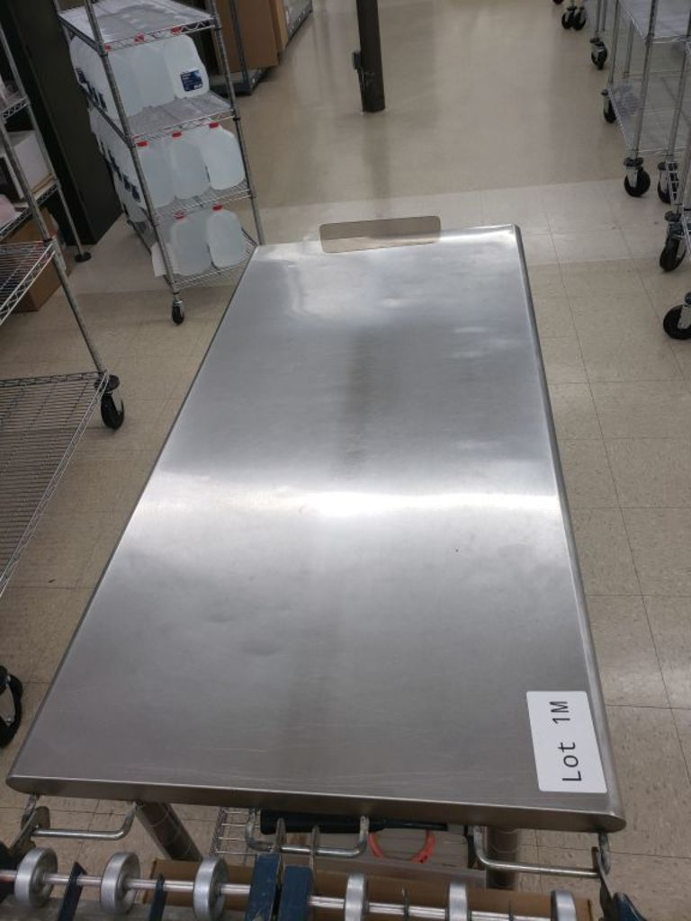 4 ft x 2 ft stainless steel table