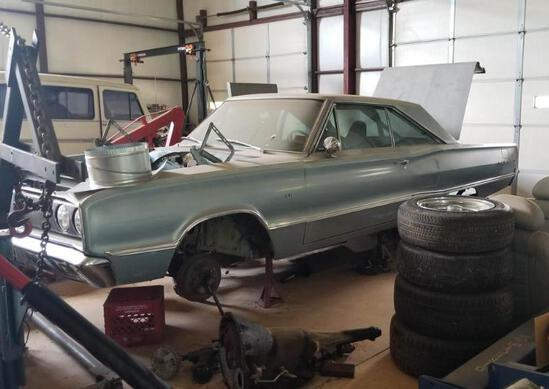 1967 Dodge Coronet 440 with Extra Parts - Work in Progress