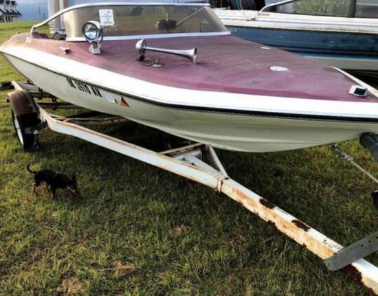 Glastron Carlson Boat