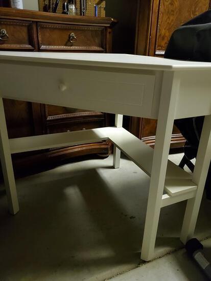 Corner Desk or table