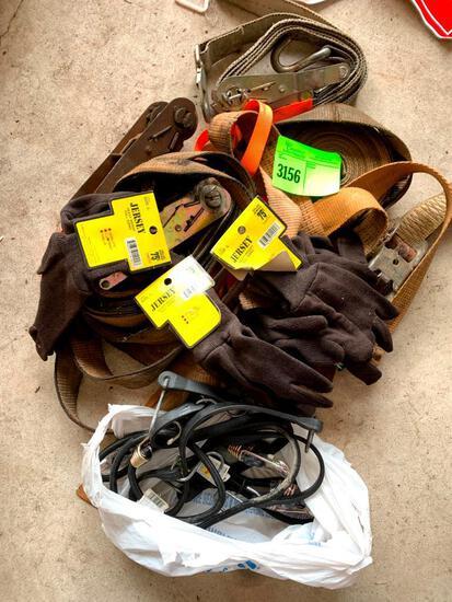 Straps, jersey gloves, trap straps