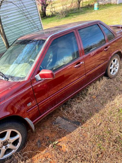 2000 Volvo S70 Passenger Car, Runs & Drives Good - VIN # YV1LS56D3Y2641765