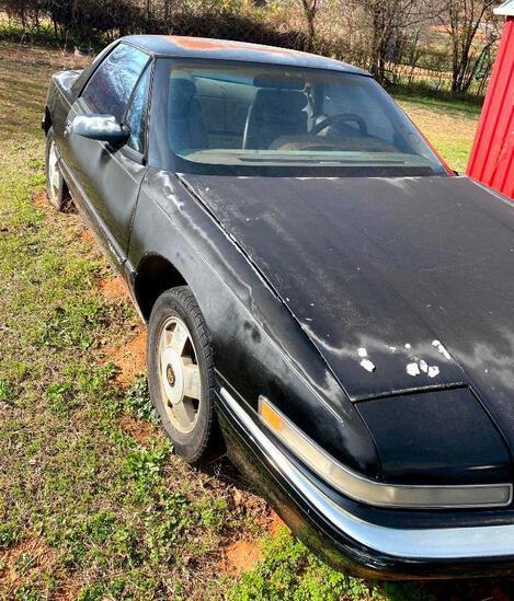 1990 Buick Reatta 2 Door - Runs & Drives Good