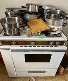Kitchen Stove (gas) and pots and pans