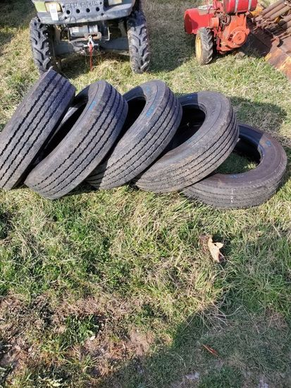 Like NEW GOOD YEAR TIRES