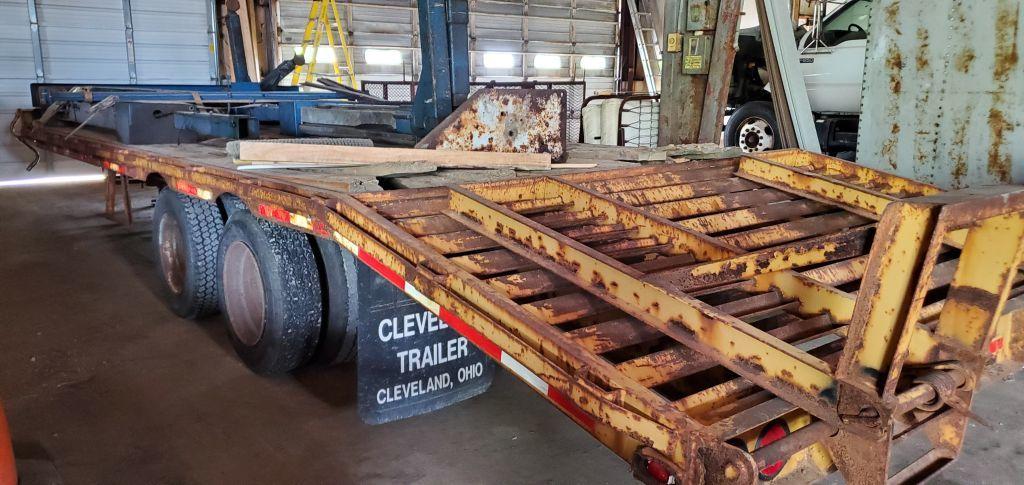 12 ton cleveland trailer