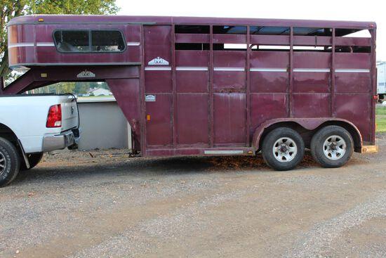 2001 Moritz 13' Tandem Axel 2 Door Livestock Trailer