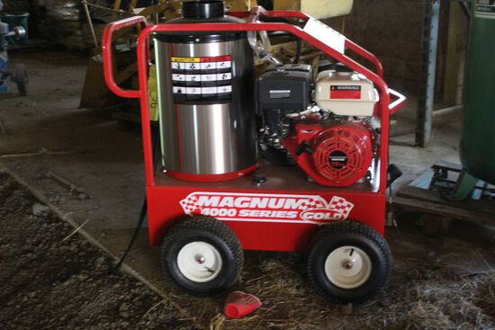 NEW Unused Magnum 4000 PSI Hot Water Washer