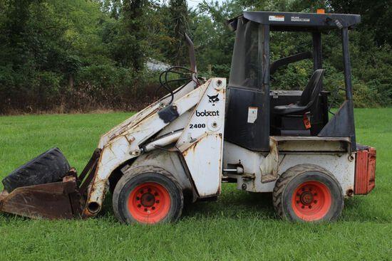 Bobcat 2400 wheel loader