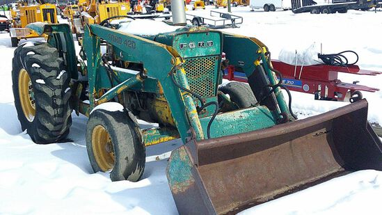 FORD 420 TRACTOR WITH LOADER