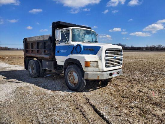 1999 Ford 9000 dump truck