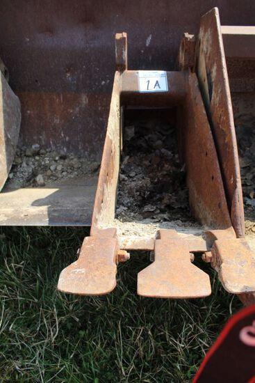 12 INCH FORD BACKHOE BUCKET